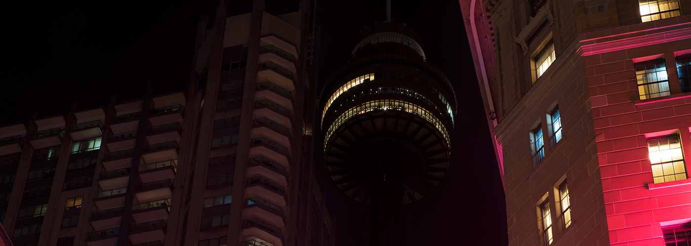 The Sydney Tower Eye switches off its lights during Earth Hour 2017 © Kyle Sier / WWF-Aus